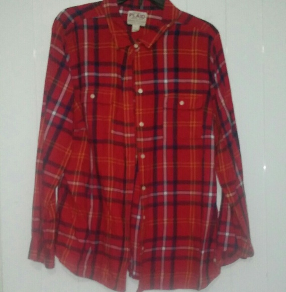 Old Navy Tops - Plaid button down shirt
